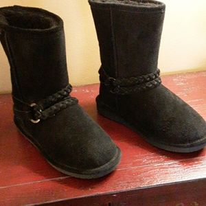 BEARPAW ADELE BRAIDED BLACK SUEDE BOOTS 6